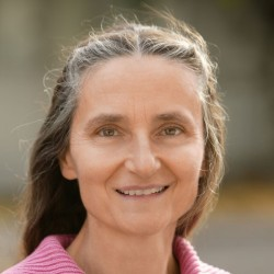 Dr. Erika Preisig