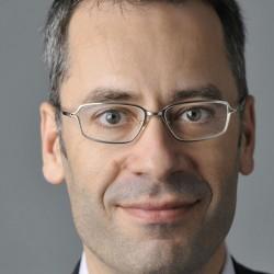 Dr. Felix Cornelius