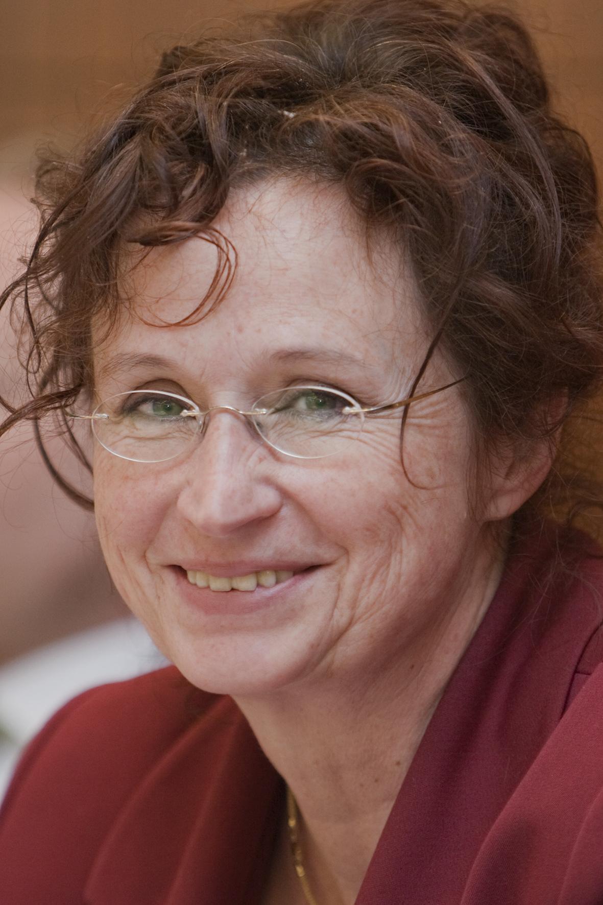 Dr. Christina Tophoven