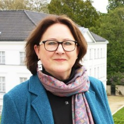 Dr. Monika Meyer-Klette