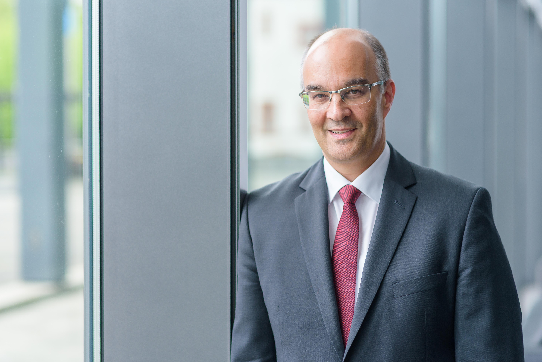 Dr. Markus Mai