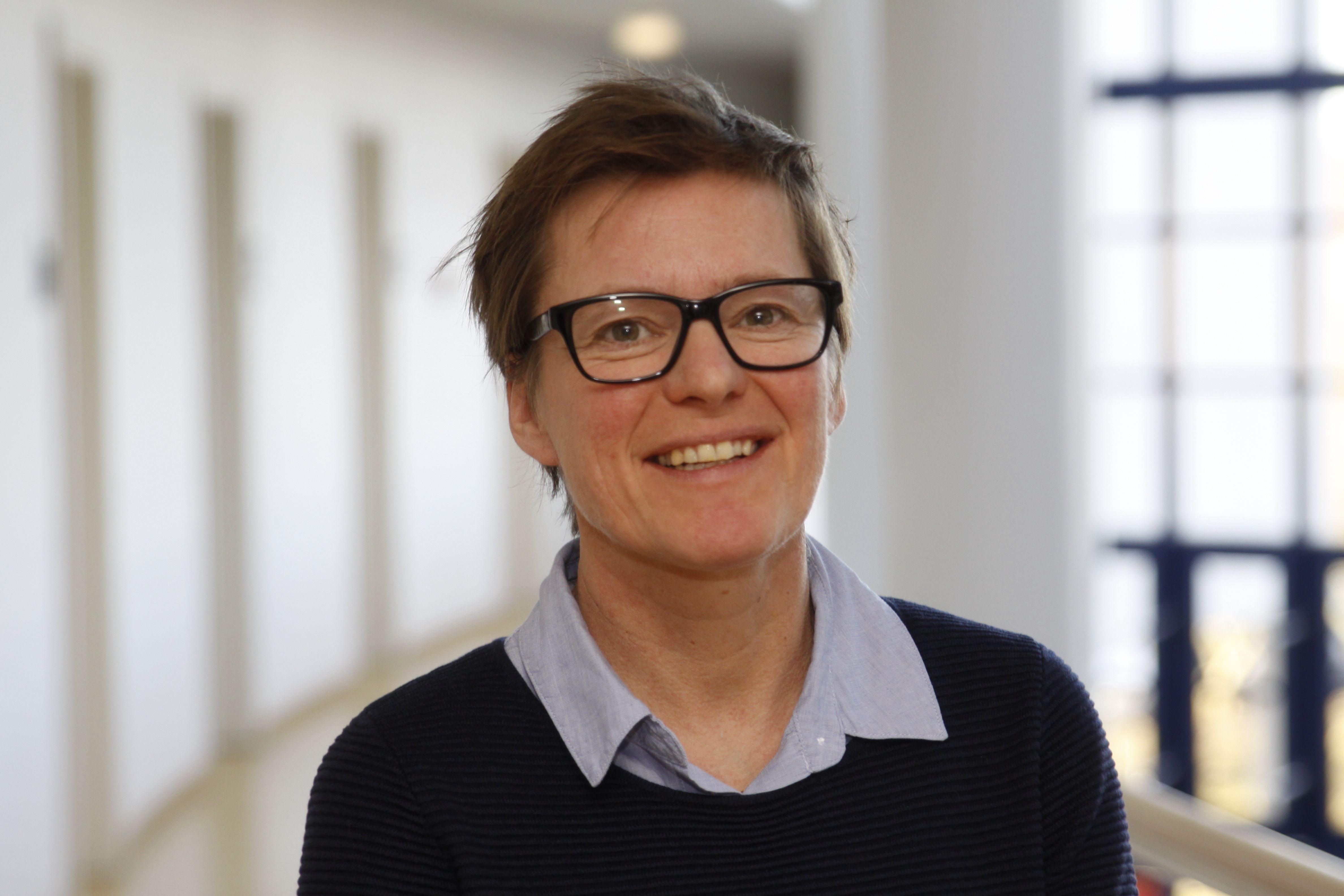 Prof. Dr. Sabine Metzing