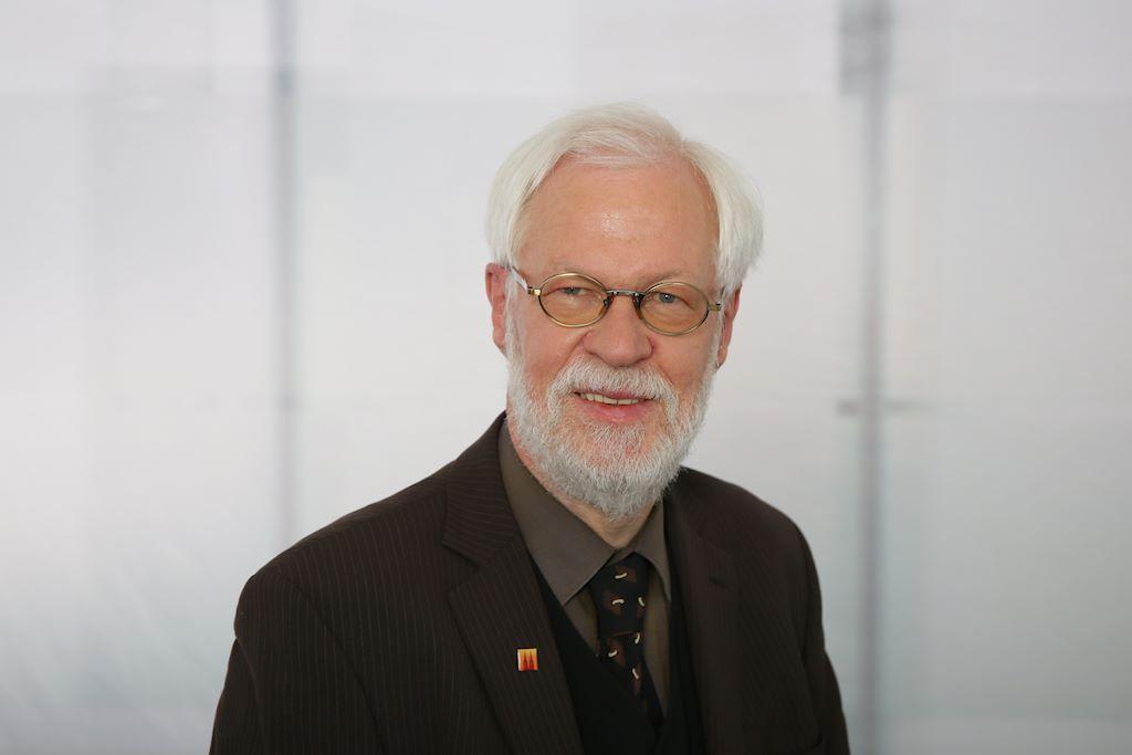 Dr. Volker Hansen