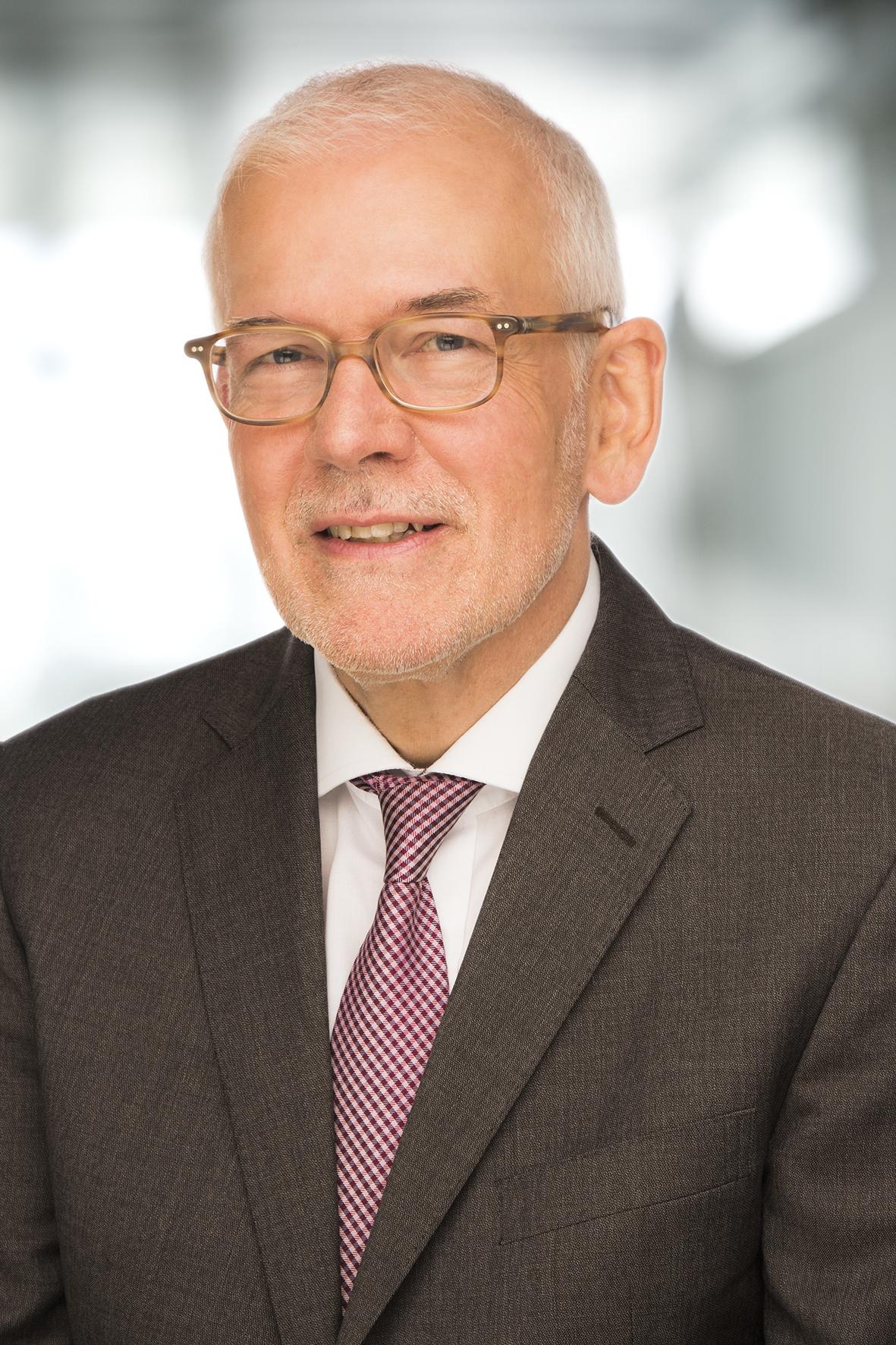 Dr. Peter Pick