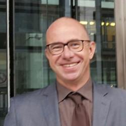 Dr. Matthias Wismar