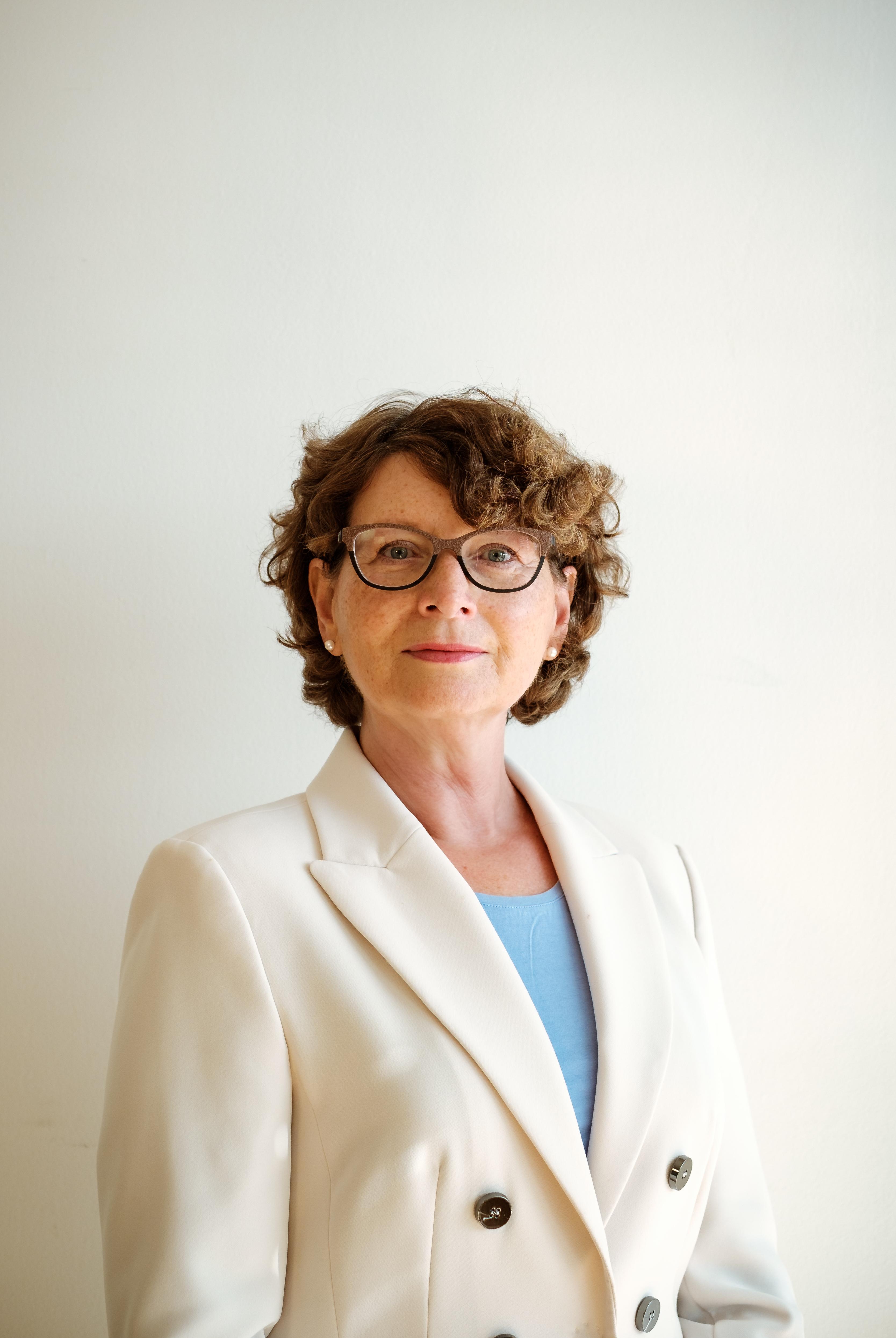 Dr. Monika Kücking