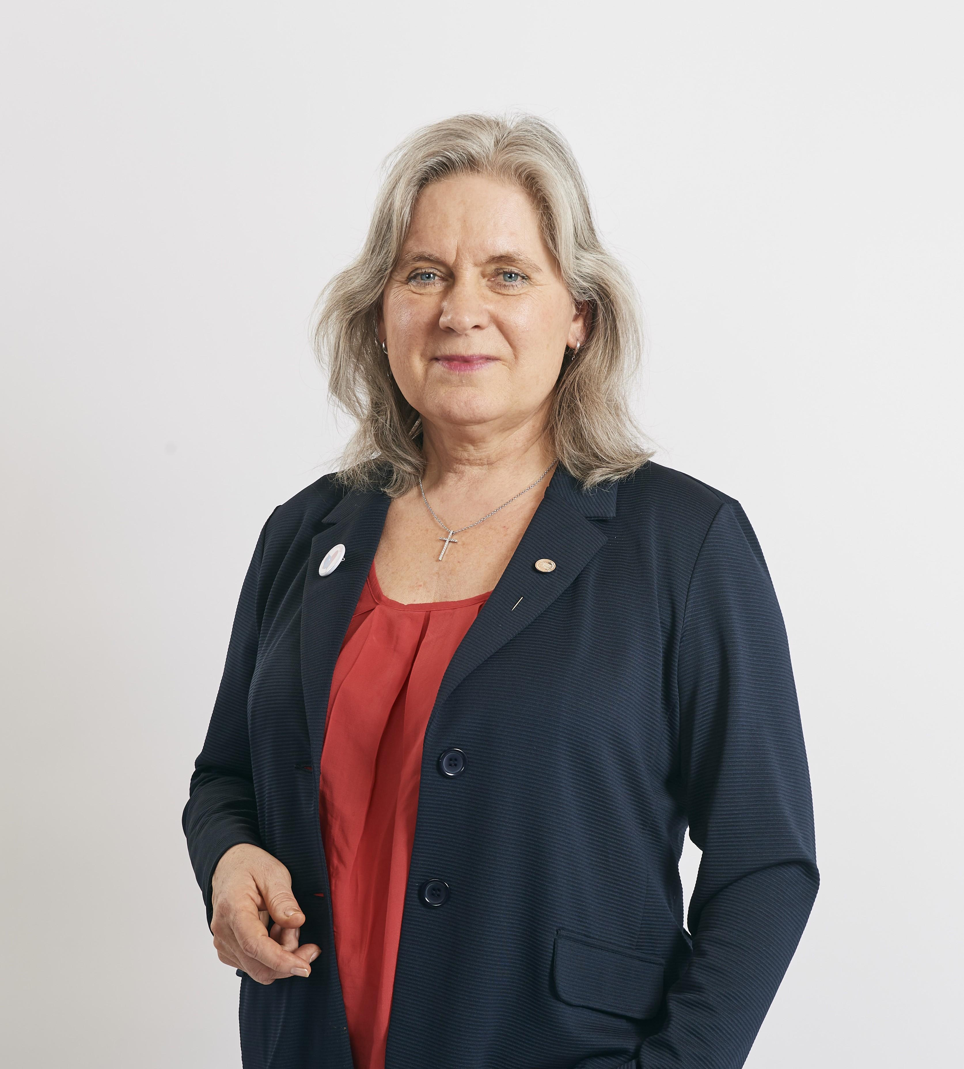 Kornelia Schmid